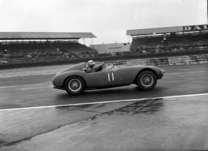 Bonhamsferrari1954_Gonzalez_winning_at_Silverstone_COPYRIGHT_Spitzley_Collection