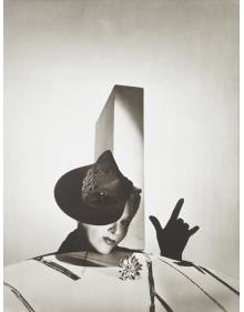 'I love you' - Lisa Fonssagrives with hat by Balenciaga and gloves by Boucheron, Paris, 1938
