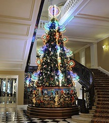 CHRISTOPHER BAILEY's Christmas tree was unveiled in the lobby of Claridge's Hotel this morning. The Burberry CEO and chief creative officer follows in the ...